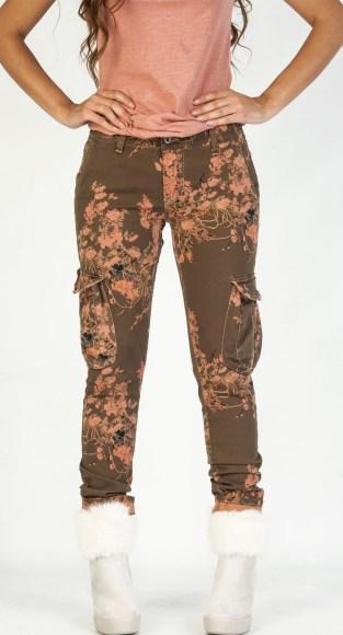 Παντελόνι please με λουλούδια και τσέπη πλάι